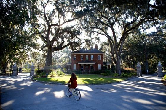 Biking the Bonaventure Cemetery