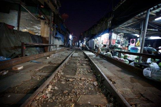 train market 1